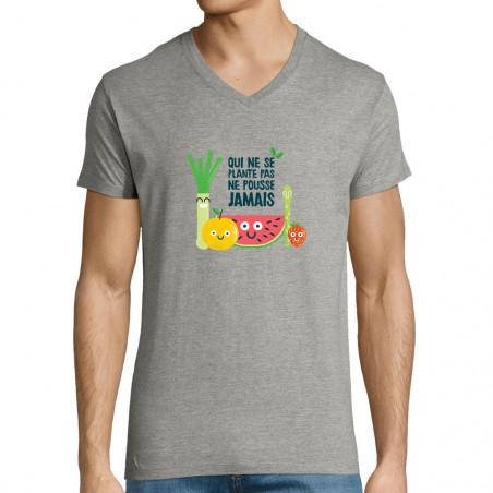 """T-shirt homme col V """"Qui ne..."""