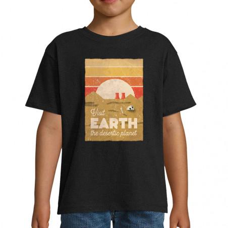 "Tee-shirt enfant ""Visit Earth"""